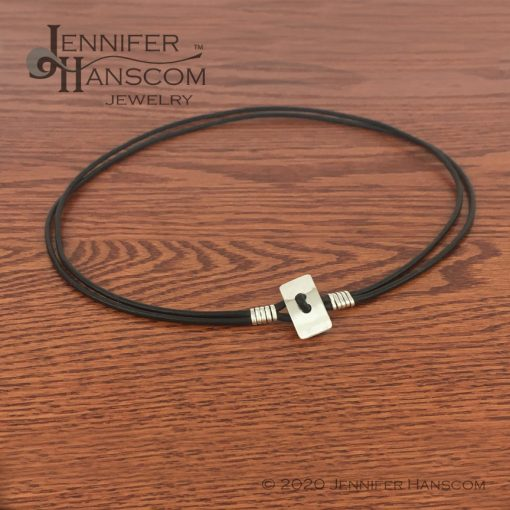 Quality-made 2-strand leather necklace clasp closed