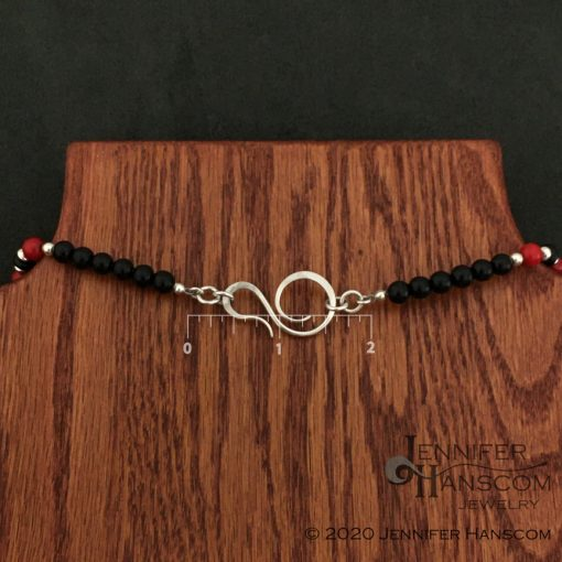 6mm Onyx and Coral Bead Necklace Clasp with measurements